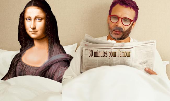 mona-attend-au-lit